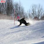 Спуск на лыжах